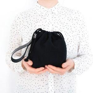 Versado Bags limosnera negra1