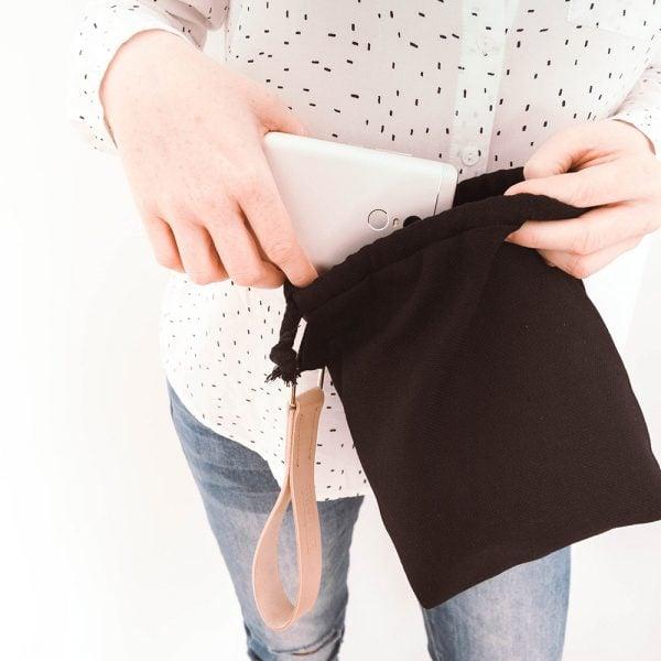 Versado Bags limosnera negra5