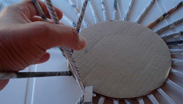 Cómo hacer cestas de papel 1